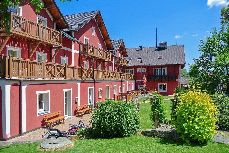 Většina pokojů hotelu Barborka má krásný balkon nebo terasu